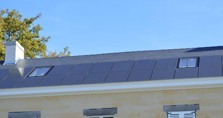 Cast PMR dakramen met geintegreerde zonnepanelen